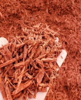 Dyed Red Hardwood Mulch